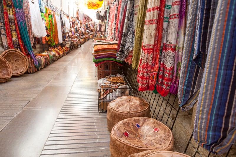 Things to do in Granada, Alcaiceria Bazaar