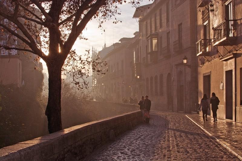 Things to do in Granada, Carrera del Darro