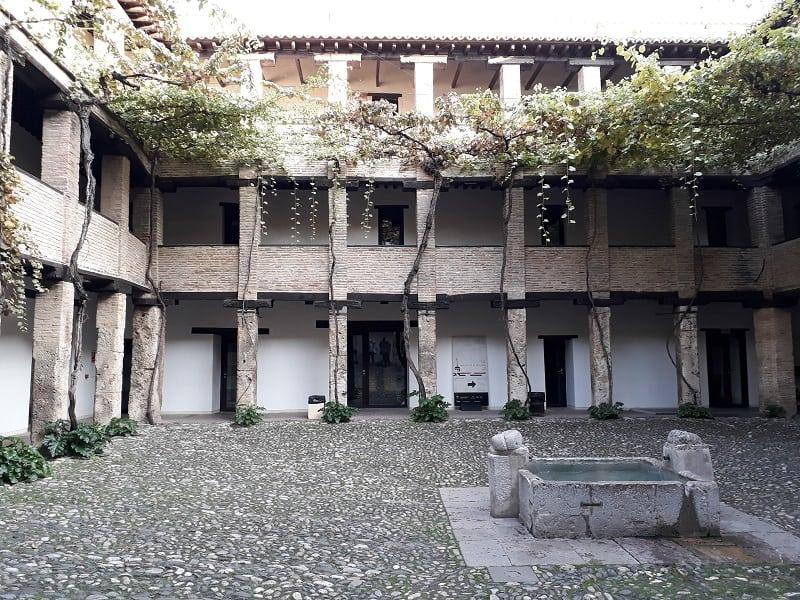 Things to do in Granada, Corral del Carbón, 3 day itinerary granada