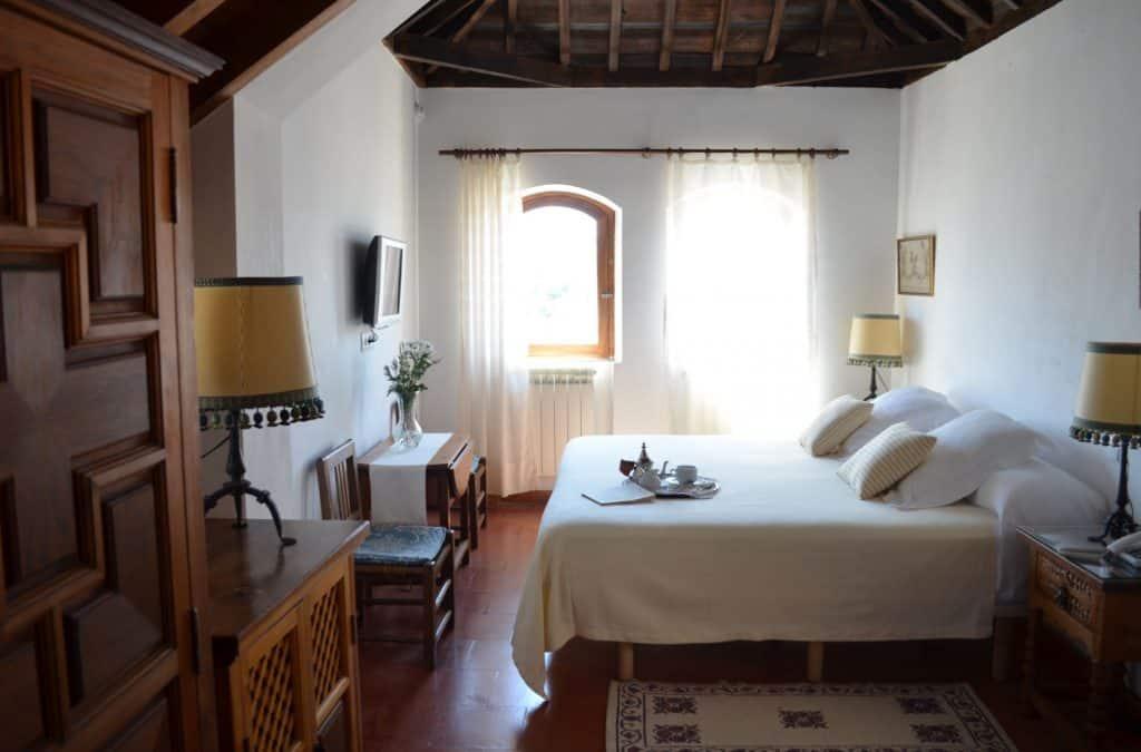 hotel in granada, cheap hotel, santa isabel la real