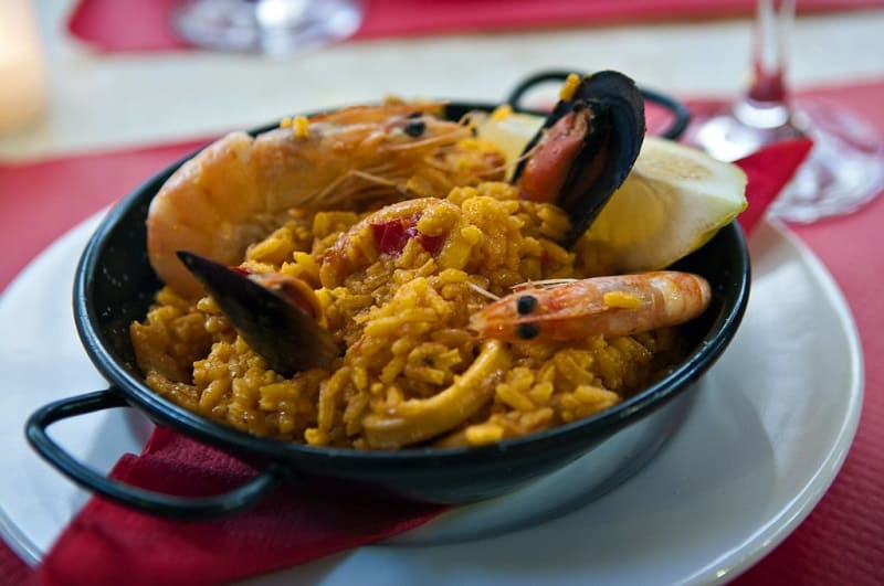 Things to do in Estepona, paella