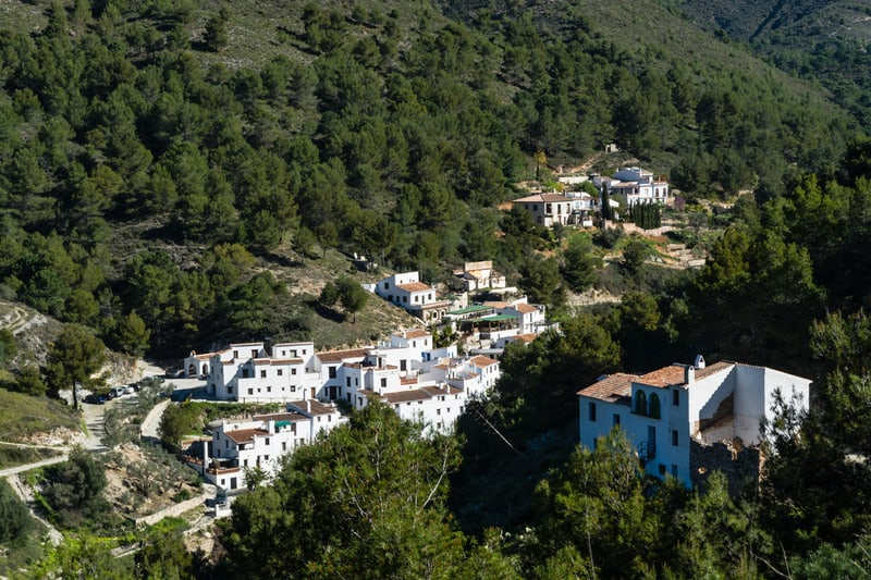 itinerary Nerja, lost village of Acebuchal, andalucia