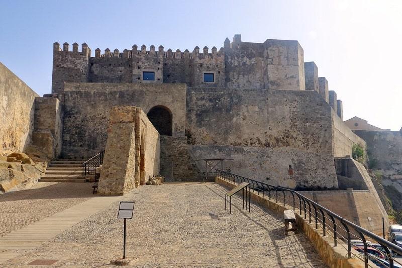 3 day itinerary Tarifa, Visit the castle of Guzman El Bueno