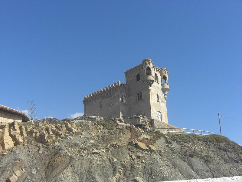 things to do in Tarifa, Visit the Castillo de Santa Catalina