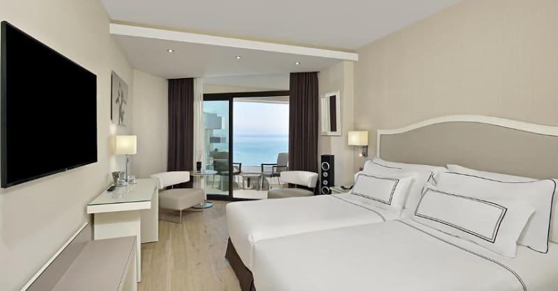 Torremolinos guide, Hotel Melia Costa del Sol