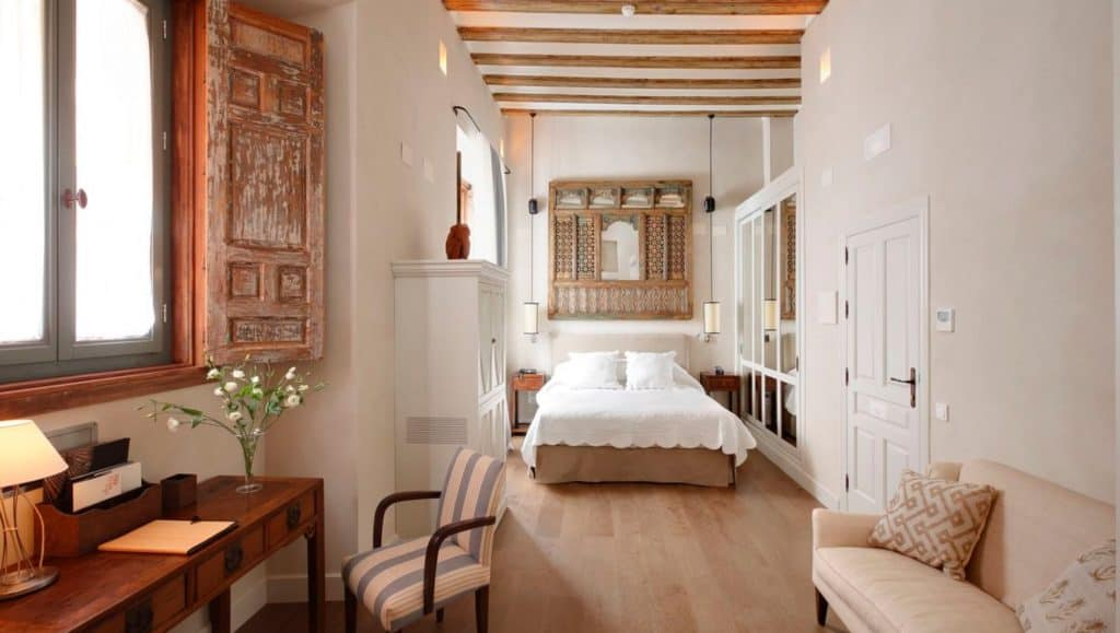hotel corral del rey sevilla, best family hotels in sevilla, spain