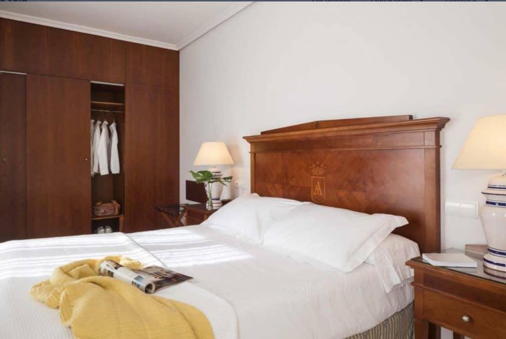 rey alfonso x hotel sevilla, family friendly hotels in seville