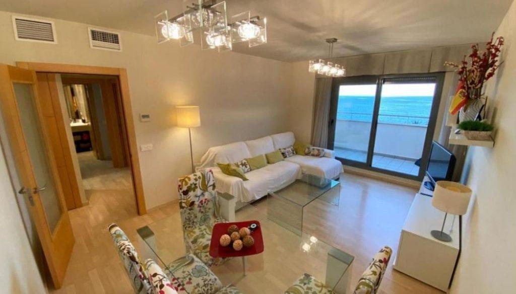 ÁTICO FRENTE AL MAR PISCINA Y PLAYA c pacifico, best family hotel in malaga