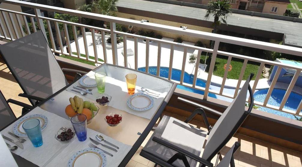Beach Apartment, Beautiful Gardens & Swimming Pool, Best Airbnbs in Malaga