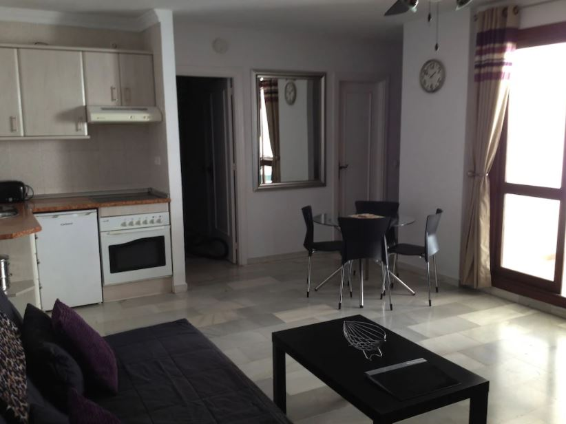 Fabulous Apartment With Indoor And Outdoor Pools, Best Airbnbs in Malaga