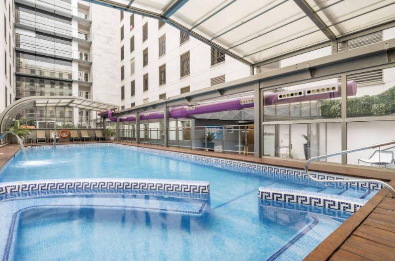 Hotel ILUNION Málaga, Best Hotels in Malaga with pool