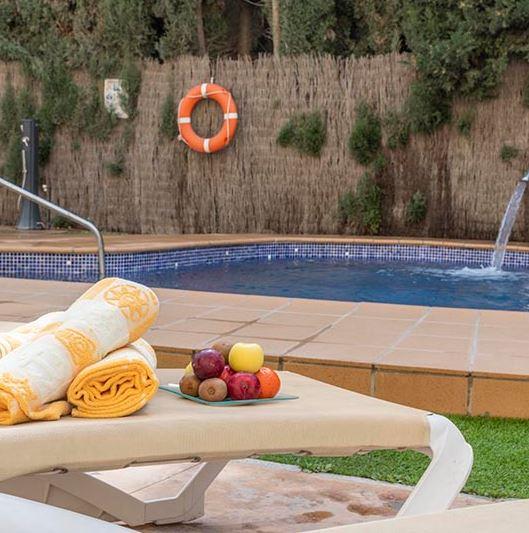 18 Best Cheap Hotels in Malaga, Hotel Plaza del Castillo