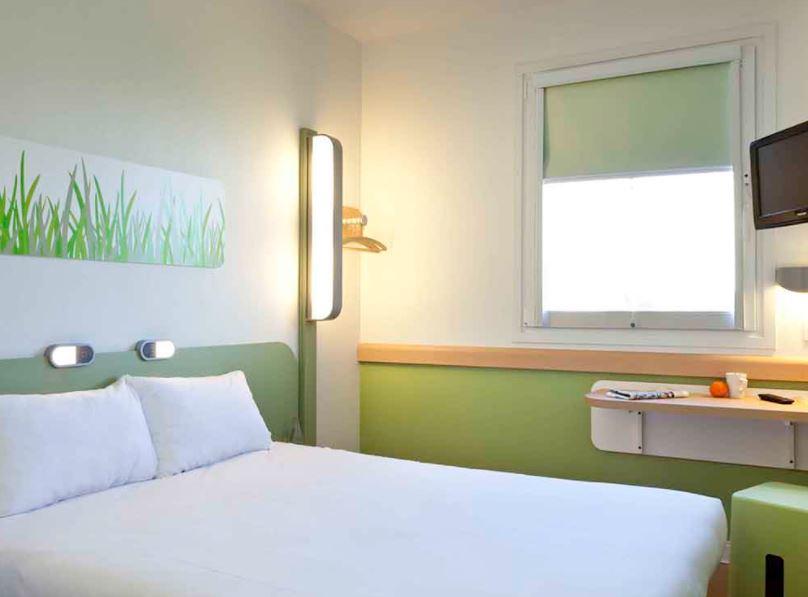 18 Best Cheap Hotels in Malaga, Ibis Budget Malaga Centro