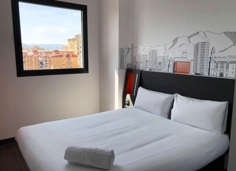 18 Best Cheap Hotels in Malaga, easyHotel Malaga City Centre