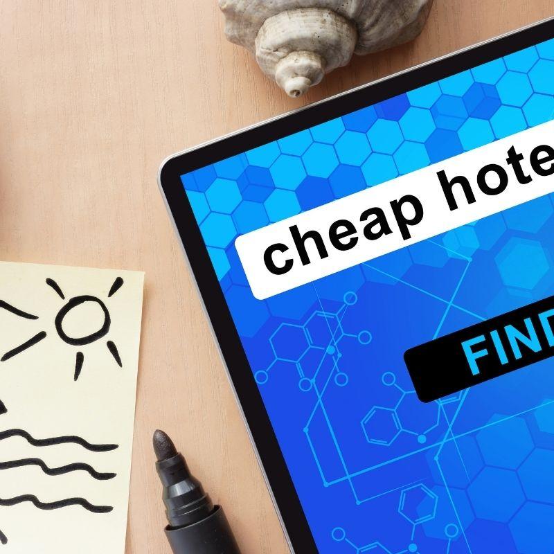 17 Best Cheap Hotels in Malaga, Spain