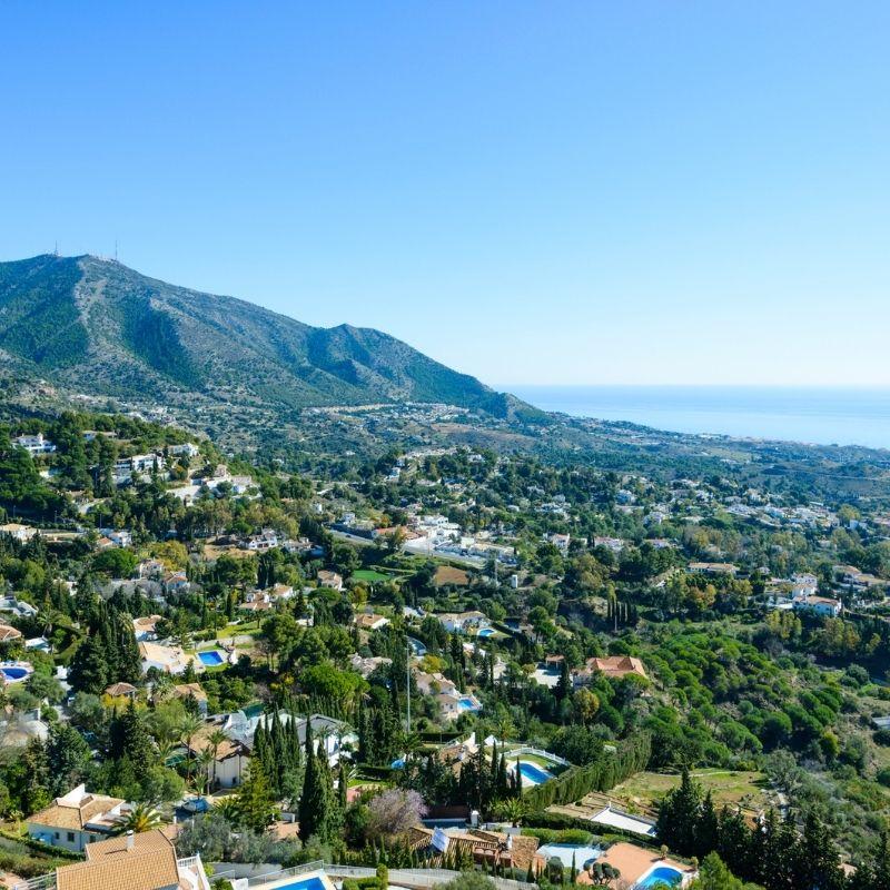 20 Free Things to do in Malaga, Day Trip to Mijas