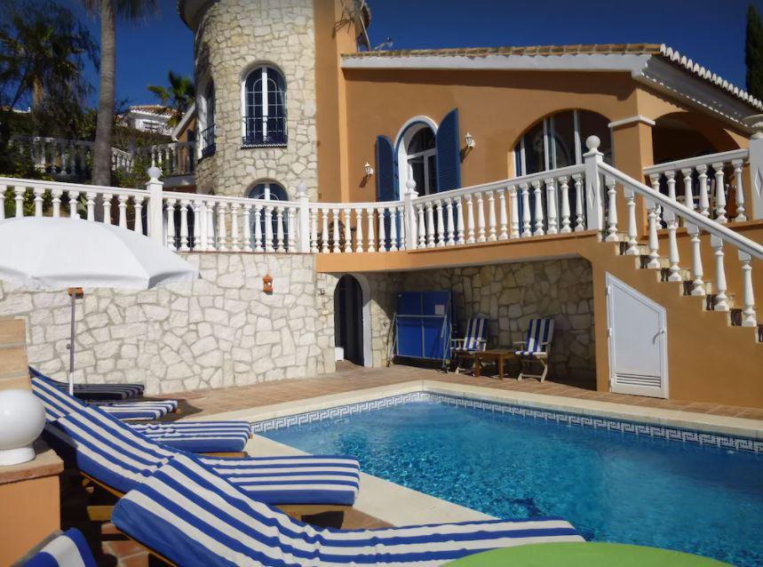 4 Bedroom Villa with Heated Pool, best holiday villas in malaga
