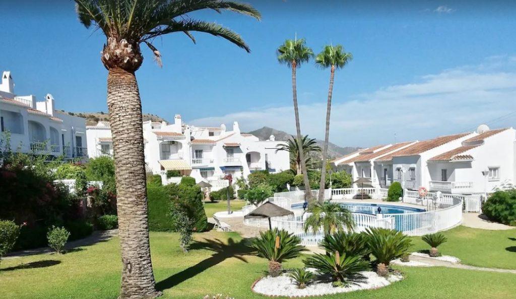 Charming Villa with Pool in Neerja, best holiday villas in malaga