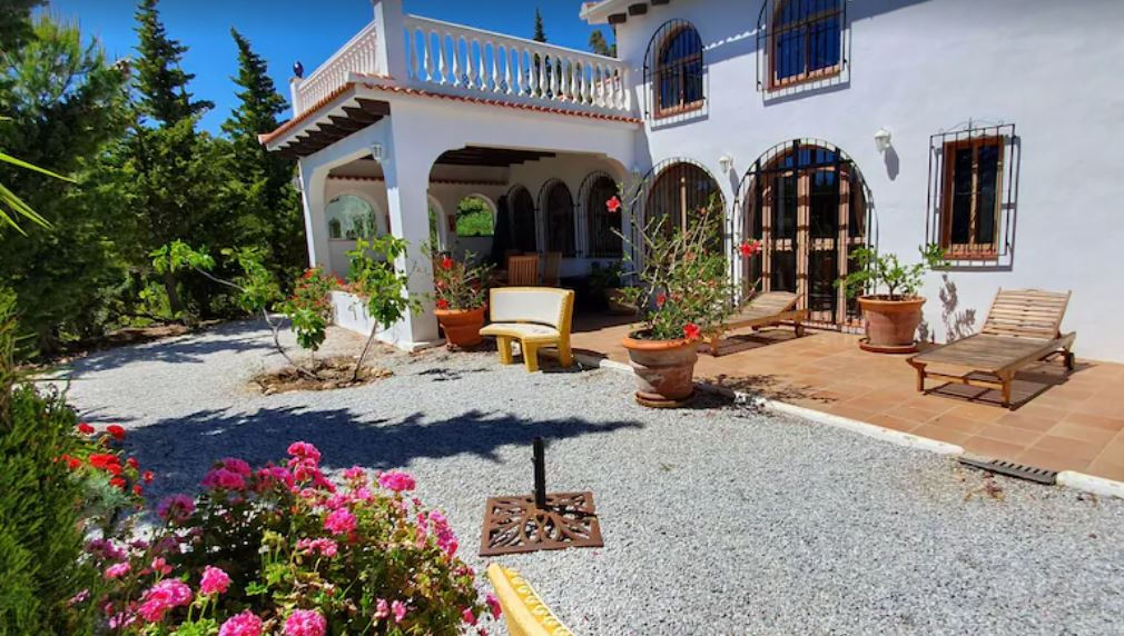 Independent Finca in the Foothills of Andalusia, best holiday villas in malaga