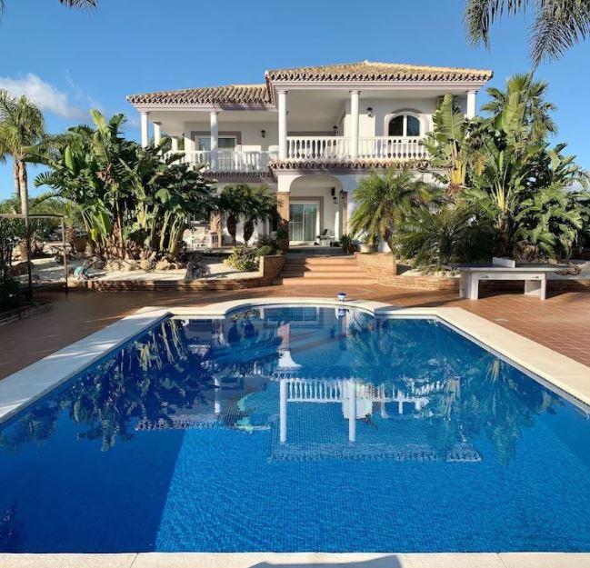 La Huerta Vieja - Luxury Villa