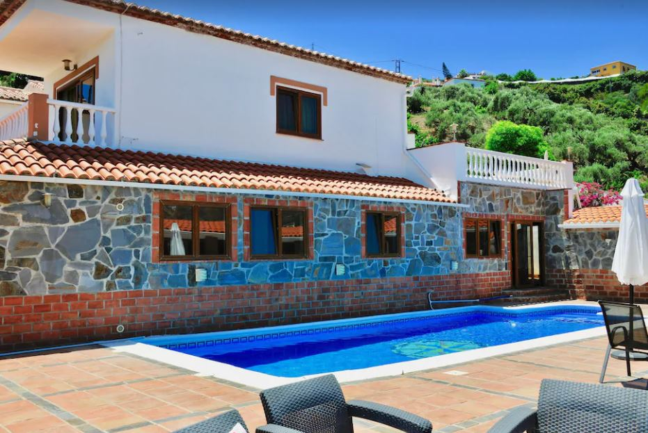Newly Renovated Villa with stunning views, private pool & tennis court, best holiday villas in malaga
