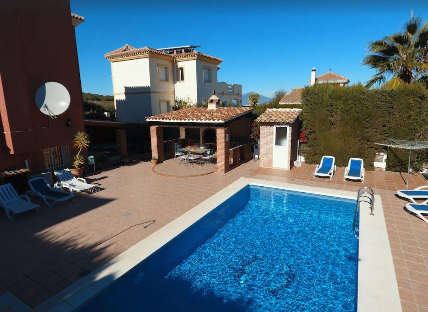 Stunning Villa Private Pool, best holiday villas in malaga